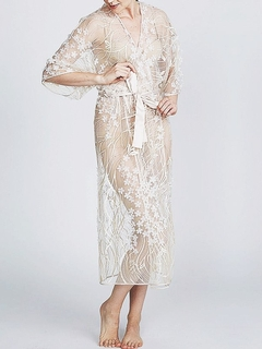 Kiss Embroidered Robe